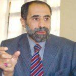 قيادي حوثي يقترح تعليق الدراسة وإرسال الطلاب للقتال