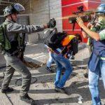 نقابة فلسطينية: الاحتلال ارتكب 52 انتهاكا بحق الصحفيين الشهر الماضي