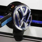 فولكسفاجن تسعى لريادة سوق السيارات الكهربائية بخطة قيمتها 40 مليار دولار