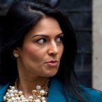 استقالة وزيرة بريطانية على خلفية فضيحة اجتماعاتها «السرية» في اسرائيل