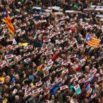 إسبانيا تهدد كتالونيا بإرسال الشرطة الوطنية إلى الإقليم