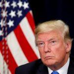 ترامب يخترق «جدار الناري العظيم» ويغرد على تويتر