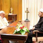 شيخ الأزهر يلتقي بابا الفاتيكان.. ويؤكد عمليا تقوية أطر الحوار الحضاري بين الشرق والغرب