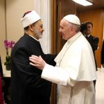 مستشار شيخ الأزهر:لقاء الطيب وبابا الفاتيكان يجمع في طياته الخير للناس