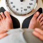 تناولك للطعام سريعا قد يصيبك بأمراض القلب والسكري