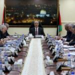 الوزراء الفلسطيني يحذّر من التصرفات غير المسؤولة التي تستهدف عودة الموظفين