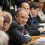 ليبرمان يدعو حكومته لفرض عقوبة الإعدام بحق الفلسطينيين
