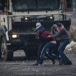 إصابة العشرات من الفلسطينيين خلال مواجهات مع الاحتلال في الضفة الغربية