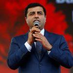 رئيس حزب الشعوب التركي يفقد وعيه في السجن بعد تدهور حالته الصحية