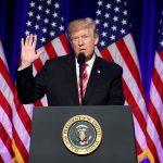 سيناتور ديمقراطي لا يؤيد دعوات استقالة ترامب بسبب مزاعم جنسية