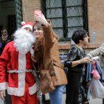 صور  افتتاح سوق لعيد الميلاد في الجزائر