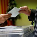 انفصاليو كتالونيا يفوزون بالأغلبية في برلمان الإقليم