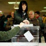 كتالونيا يجري انتخابات برلمانية مع تراجع الداعين إلى الانفصال عن إسبانيا