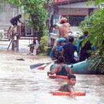صور| رجال الإنقاذ يبحثون عن ضحايا عاصفة في الفلبين مع ارتفاع عدد القتلى