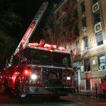 صور| مصرع 12 في حريق بمبنى سكني في مدينة نيويورك