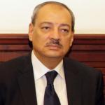 محاكمة 3 أفراد شرطة و5 آخرين بتهمة تهريب نقد بملياري جنيه من مطار القاهرة