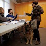 انفصاليو كتالونيا بصدد الفوز في الانتخابات والإطاحة بأمل راخوي في حل الأزمة