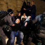 إصابة 26 فلسطينيا في اعتداءات الاحتلال علىاعتصام سلمي في القدس