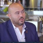 فيديو  «ناصر زهور» تميز بخلق بيئة شامية محاكية للحقيقة في مطاعمه