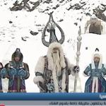 فيديو  سكان قرية روسية يحتفلون بقدوم الشتاء على طريقتهم الخاصة