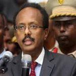 البرلمان الصومالي يسعى لمساءلة الرئيس وعزله بسبب أزمة سياسية