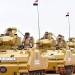 فيديو  الجيش والشرطة يتوليان مهمة تأمين دور العبادة في مصر