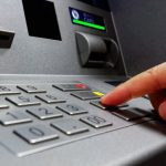 قراصنة من روسيا تمكنوا من سرقة 10 مليون دولار من أجهزة الصراف الآلي