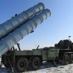روسيا تنشر صواريخ «أرض جو» في حشد عسكري في شبه جزيرة القرم