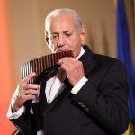 75 دولة تستقبل الموسيقار العالمي «زامفير» في القاهرة