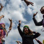 تركيا تغرم قناة تلفزيونية لظهور فتيات بسراويل قصيرة