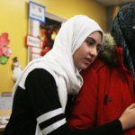 نزع حجاب فتاة بكندا ورئيس الوزراء يستنكر