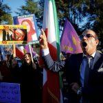 مؤيدو خامنئي: إيران ليست سوريا