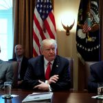 رويترز: ترامب يدرس فرض عقوبات جديدة على إيران