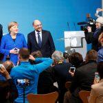 مسؤولون في الاشتراكي الديمقراطي ينتقدون الاتفاق بين حزبهم وميركل