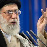 خامنئي: العقوبات الأمريكية تضغط على إيران والإيرانيين