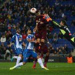 إسبانيول يلحق أول هزيمة ببرشلونة هذا الموسم بكأس إسبانيا