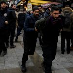تركيا: توقيف العشرات بتهمة «الدعاية الإرهابية» بعد الاحتجاج على الهجوم على أكراد سوريا