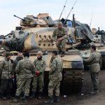 مقتل 2 وإصابة 12 بصاروخ أطلق على معسكر تركي قرب الحدود السورية