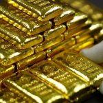 الذهب يتراجع مع تعافي الدولار بعد إغلاق الحكومة الأمريكية