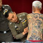 وشوم تقود لاعتقال عضو عصابة ياباني متهم بالقتل في تايلاند