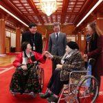 رئيس كوريا الجنوبية يلتقي «نساء المتعة»