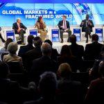 «دافوس» يحارب «الانعزالية» ويبشر بالانتعاش الاقتصادي