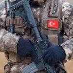 السلطات التركية تستدعي 6 قادة عسكريين للتحقيق
