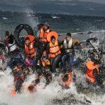 اليونان تطبق إجراءات لمواجهة زيادة في تدفق المهاجرين