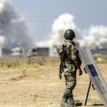 المرصد: الجيش السوري يقصف داعش في مخيم اليرموك