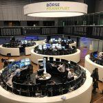 أسهم أوروبا تهبط بعد نتائج مخيبة من يو.بي.إس وارتفاع عائد سندات أمريكا