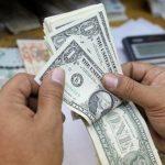 الدولار القوي يرتفع للأسبوع الثالث قبيل بيانات الوظائف