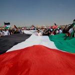 مثقفون فلسطينيون يطلقون مبادرة  لتشكيل منبر أو ملتقى للتعبير عن حقوق الشعب وتطلعات أغلبيته