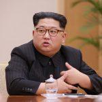 زعيم كوريا الشمالية يزور سفارة الصين ومستشفى بعد حادث أودى بحياة 32 سائحا