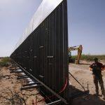 كاليفورنيا توافق على طلب ترامب نشر جنود على حدود المكسيك